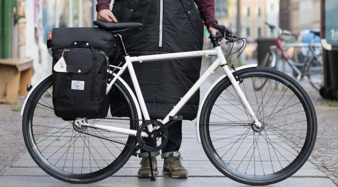 Creme Cycles Tempo Solo Weiß + Polerstuff Napsack
