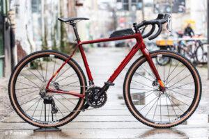 pistrada-250-fuji-jari-carbon-1-1-sangria-red-2021-003