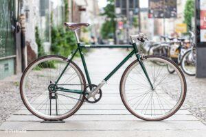 Mika Amaro 8 Gang - 2021 Emerald Green Pistrada